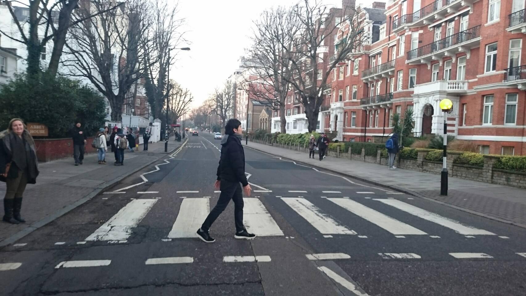 ビートルズ「アビーロード」世界一有名な横断歩道